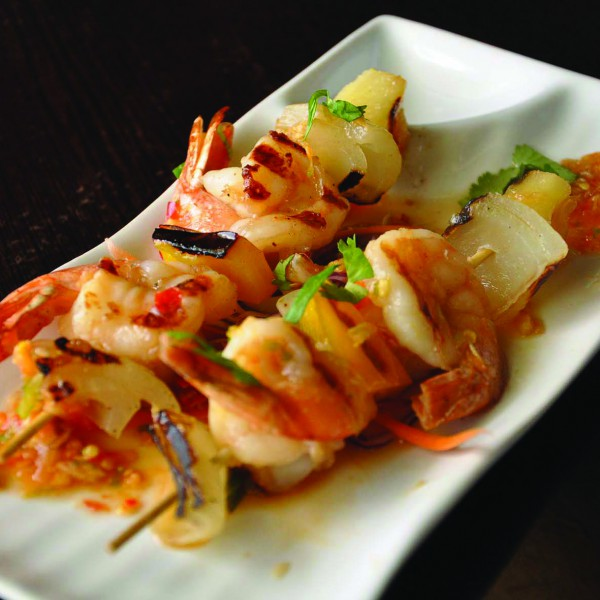 E11 	BBQ PRAWN OR SCALLOP (MEDIUM SPICE)
