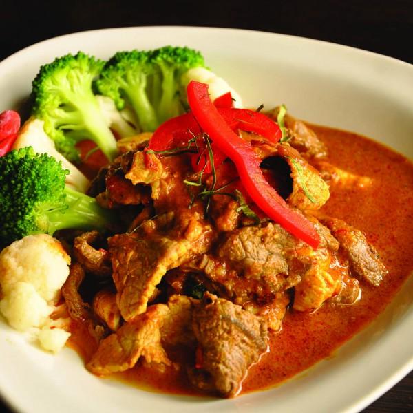 SP5 THAI LAGOON SPICY (CHICKEN, BEEF PORK OR COMBINATION)